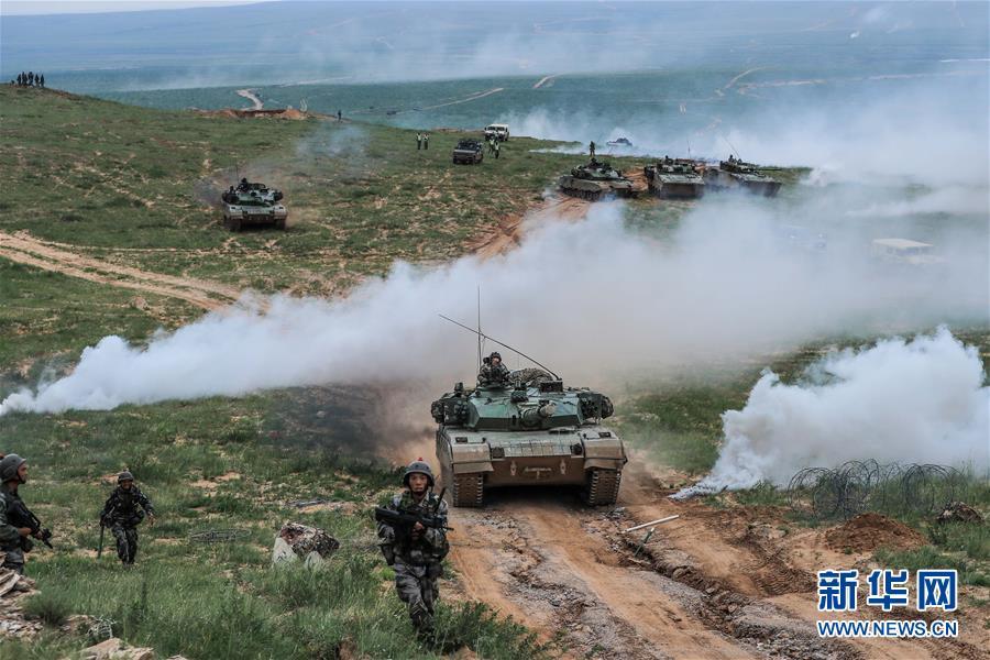 (新华全媒头条·图文互动)(10)我们是一支不可战胜的力量——献给中国人民解放军建军92周年