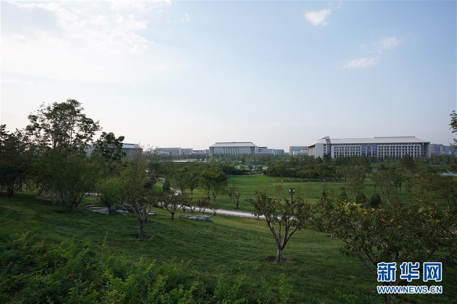 (壮丽70年·奋斗新时代——共和国发展成就巡礼·图文互动)(2)千年古城崛起大国首都——北京70年跨越式发展纪实
