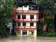 (国际)(2)印度喜马偕尔邦暴雨造成至少18人死亡