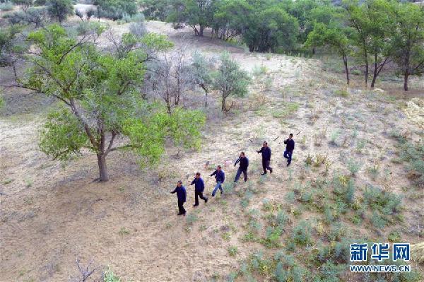 (新华全媒头条·图文互动)(1)为了美丽的绿水青山——习近平总书记考察生态文明建设回访