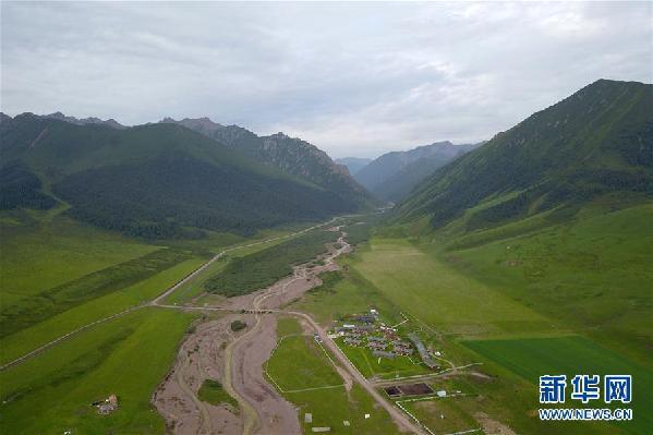 (新华全媒头条·图文互动)(3)为了美丽的绿水青山——习近平总书记考察生态文明建设回访