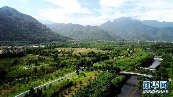(新华全媒头条·图文互动)(6)为了美丽的绿水青山——习近平总书记考察生态文明建设回访