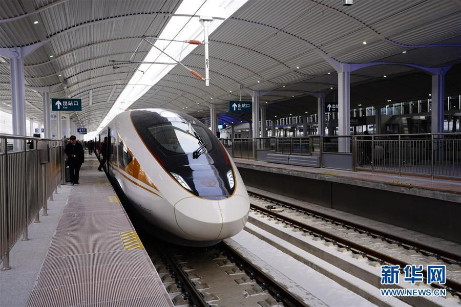 (新华全媒头条·图文互动)(3)百年跨越,逐梦京张——写在京张高铁开通暨中国高铁突破3.5万公里之际
