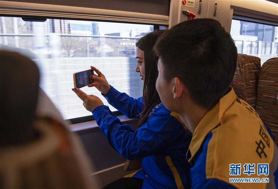 (新华全媒头条·图文互动)(14)百年跨越,逐梦京张——写在京张高铁开通暨中国高铁突破3.5万公里之际