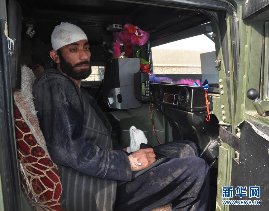 (国际)(1)阿富汗北部检查站遇袭
