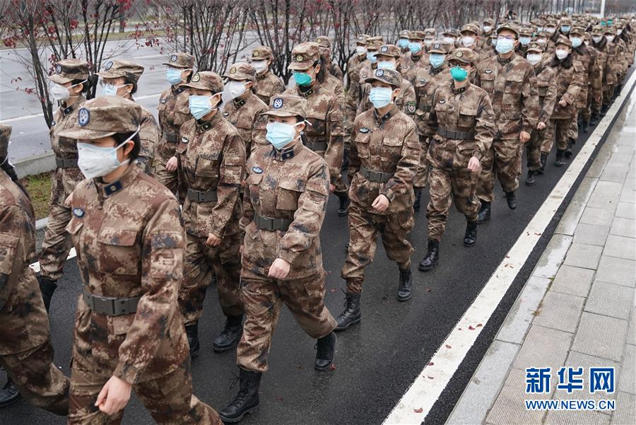 (新华全媒头条·图文互动)(7)英雄的城市,英雄的人民——写在武汉疫情防控胶着对垒的关键时刻