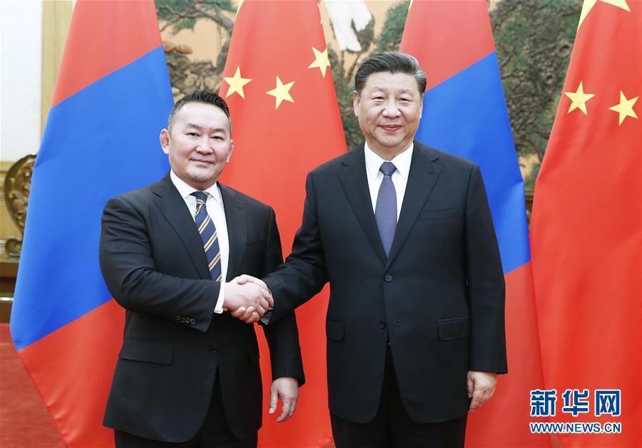 (时政)习近平同蒙古国总统巴特图勒嘎会谈