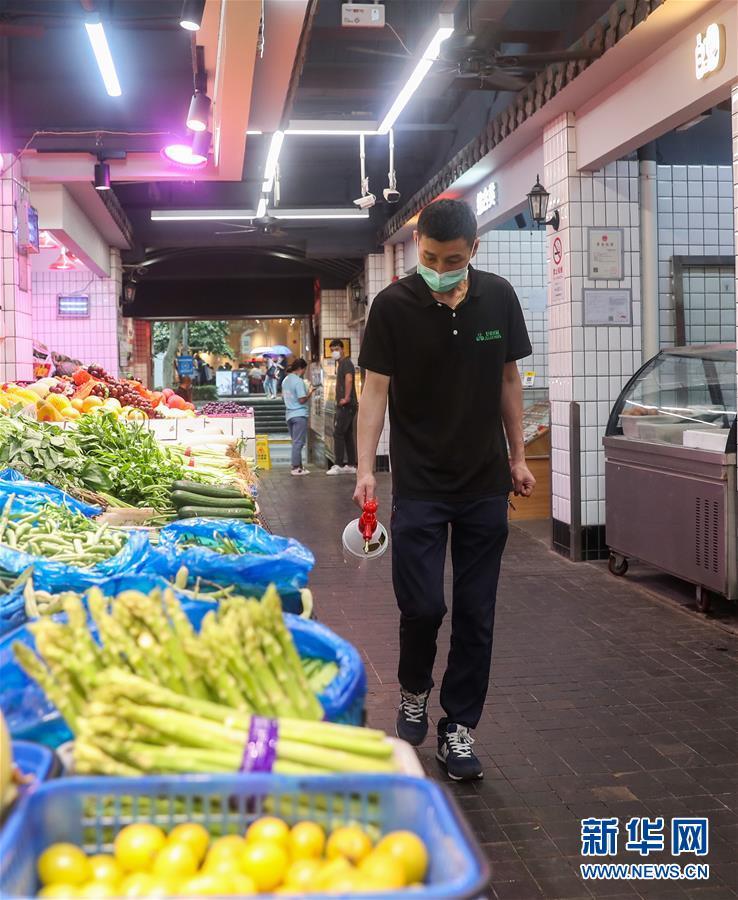 (聚焦疫情防控)(1)上海加强疫情防控 进一步做好农贸市场等重点场所管理工作