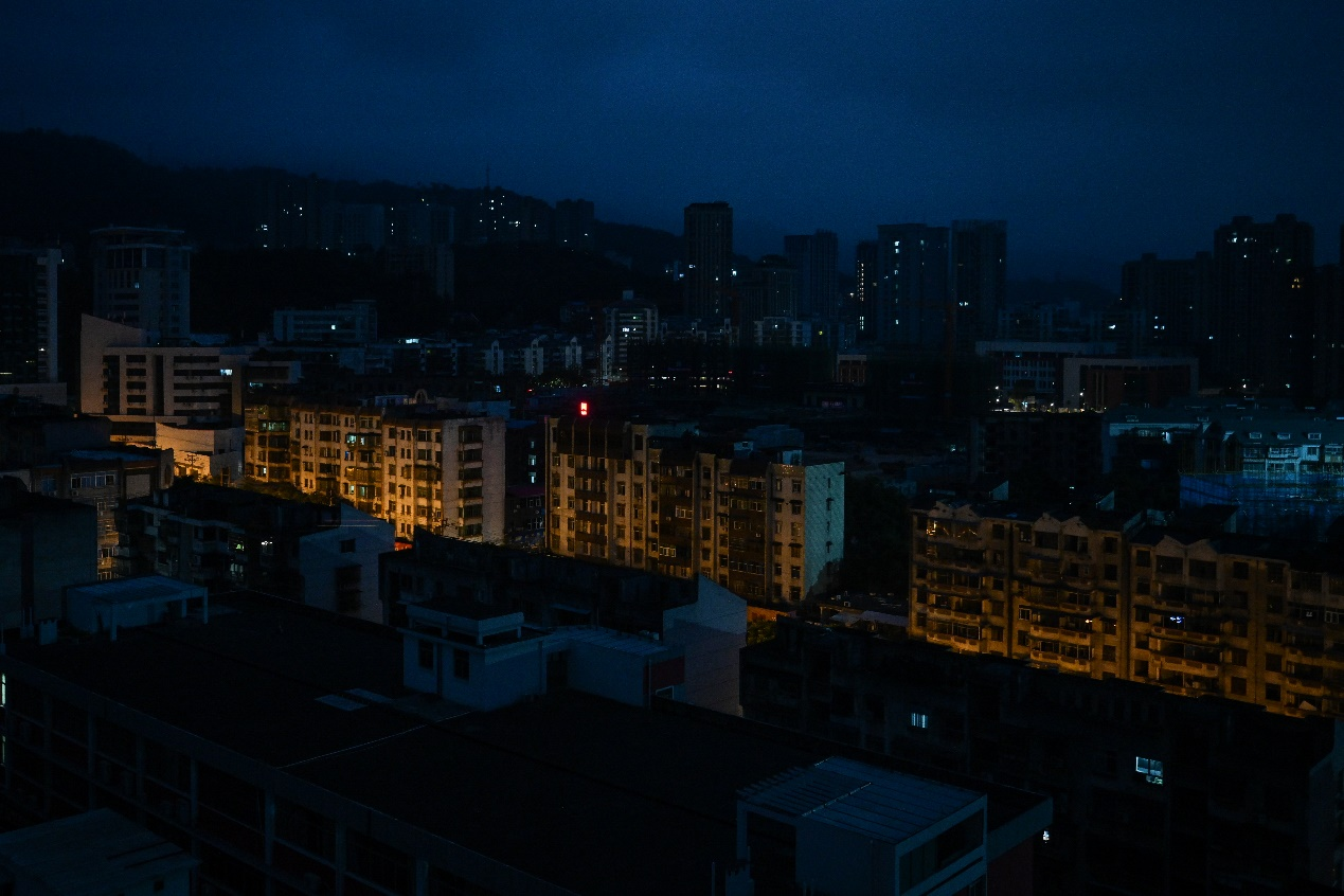 2020年11月23日,黎明时分的福建省三明城区。
